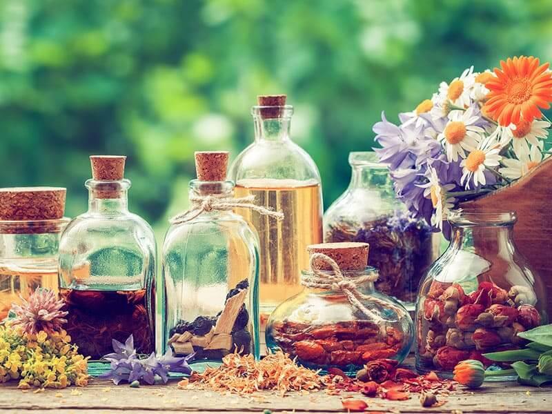 Что делать при недомогании, тошноте, головной боли и угрозе простудой?