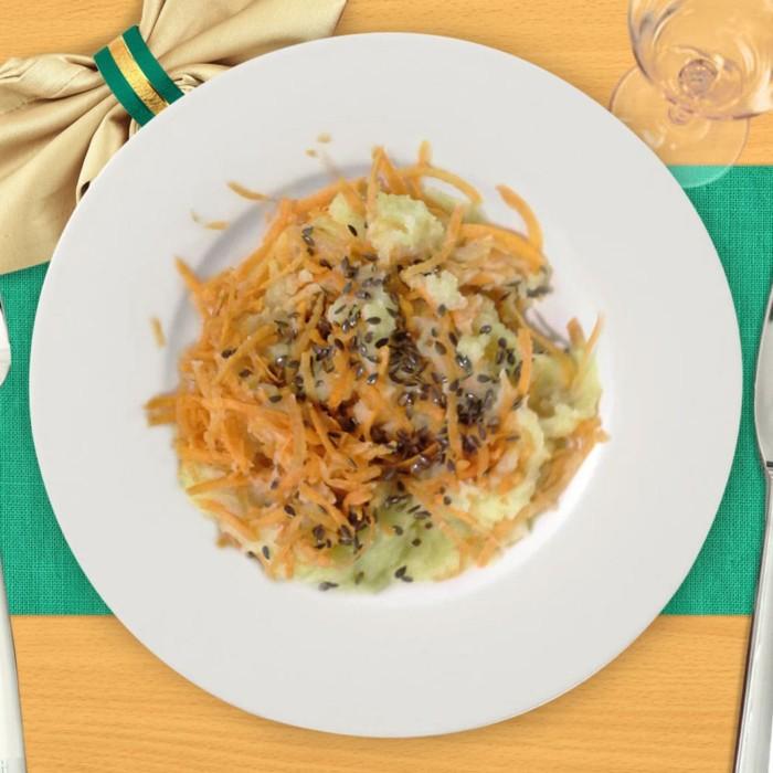 Картофельное пюре с морковью и семенем льна